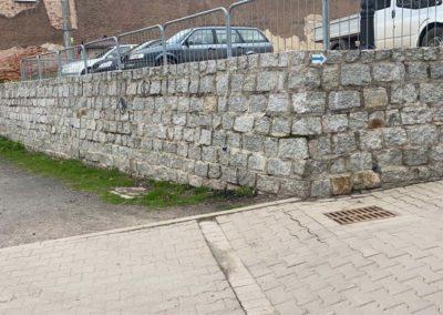Parking zkostki brukowej